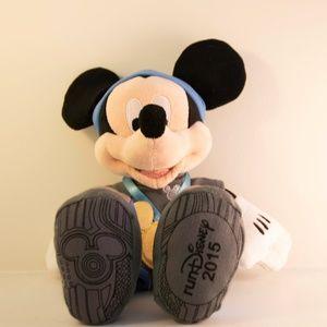 "NWT! RunDisney 2015 Mickey Mouse Plush ""I Did It"""